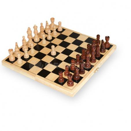Šachy drevené